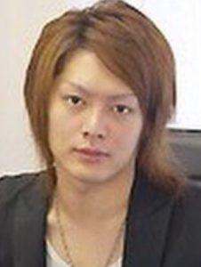 青汁王子(三崎優太)が整形か画像比較|注目は「目」「鼻」「唇」「フェイスライン」