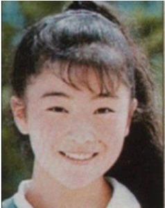 椎名林檎が整形か画像比較|注目は「目」「鼻」「フェイスライン」