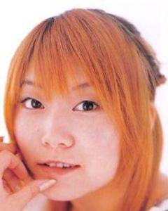 Tama(歌手)が整形か画像比較|注目は「目」「エラ」
