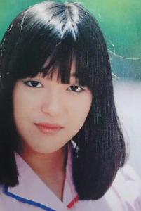 岩崎宏美が整形か画像比較|注目は「目」「顎」「しわ」